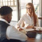5 keer dat je de zoektocht naar een baan beoordeelt op zijn omslag